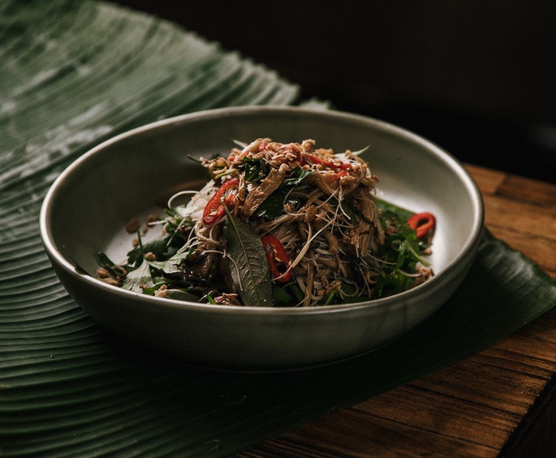 nushroom noodle salad